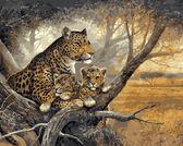 Леопард с детенышами, 40х50см