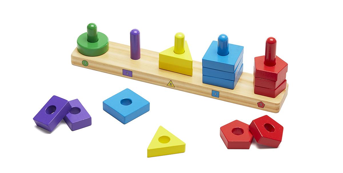 Пирамидки на платформе